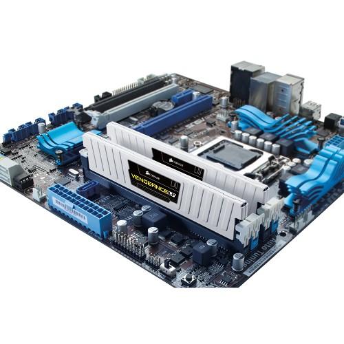 CORSAIR Memory PC 2x 4GB DDR3 PC-12800 [Vengeance CML8GX3M2A1600C9W] - White - Memory Desktop DDR3